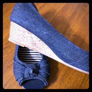 American Eagle denim dress shoes.